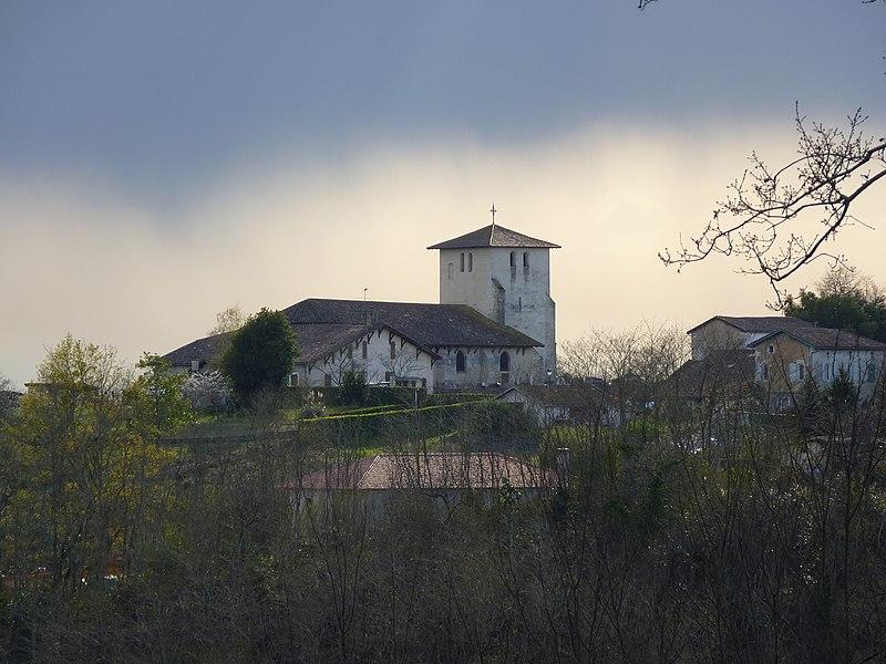 Photo du Monument Historique Eglise Saint-Pierre situé à Montfort-en-Chalosse