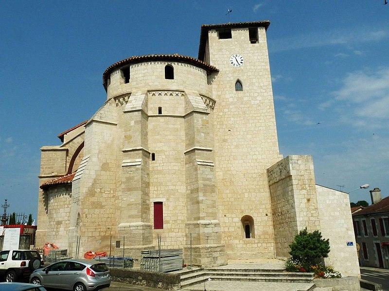 Photo du Monument Historique Eglise Sainte-Marie situé à Roquefort