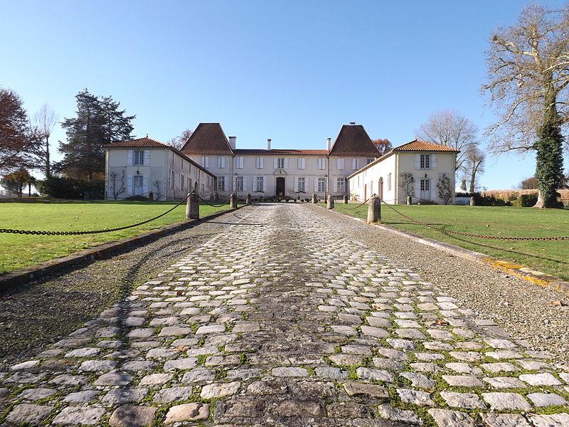Photo du Monument Historique Château de Caupenne situé à Caupenne