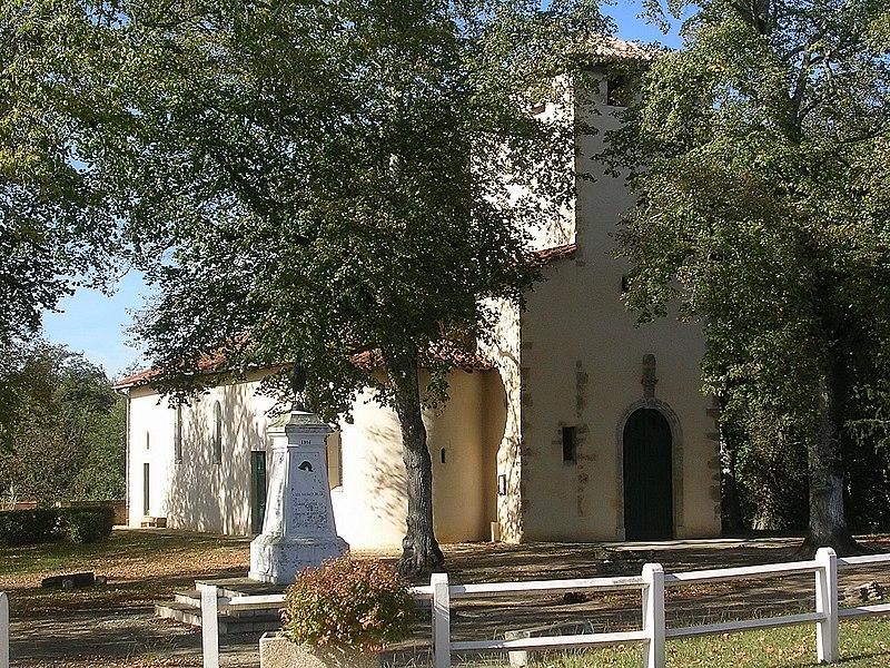 Photo du Monument Historique Eglise Saint-Avit situé à Saint-Avit