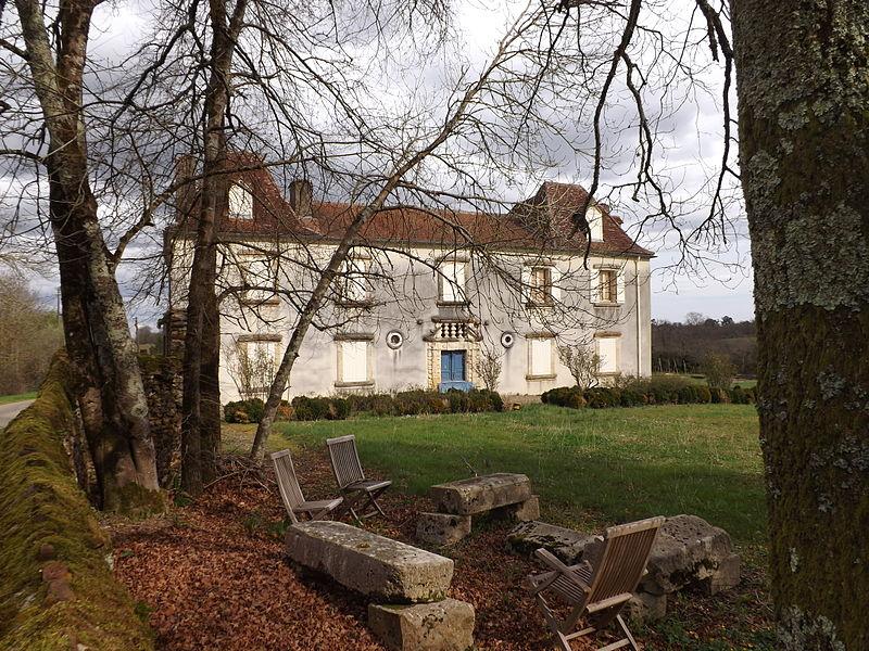 Photo du Monument Historique Château de Beyries situé à Beyries