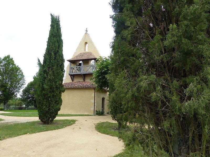Photo du Monument Historique Eglise et ancienne motte castrale situé à Saint-Julien-d'Armagnac