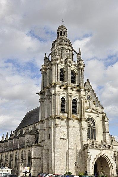 Photo du Monument Historique Cathédrale Saint-Louis situé à Blois
