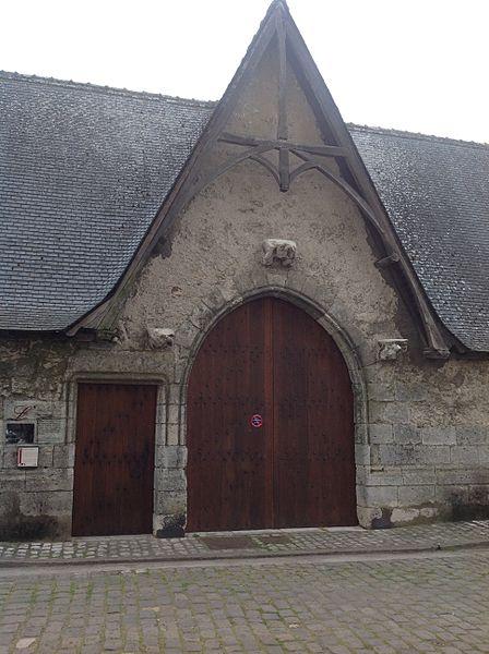 Photo du Monument Historique Cloître Saint-Saturnin dans l'hospice du faubourg de Vienne situé à Blois