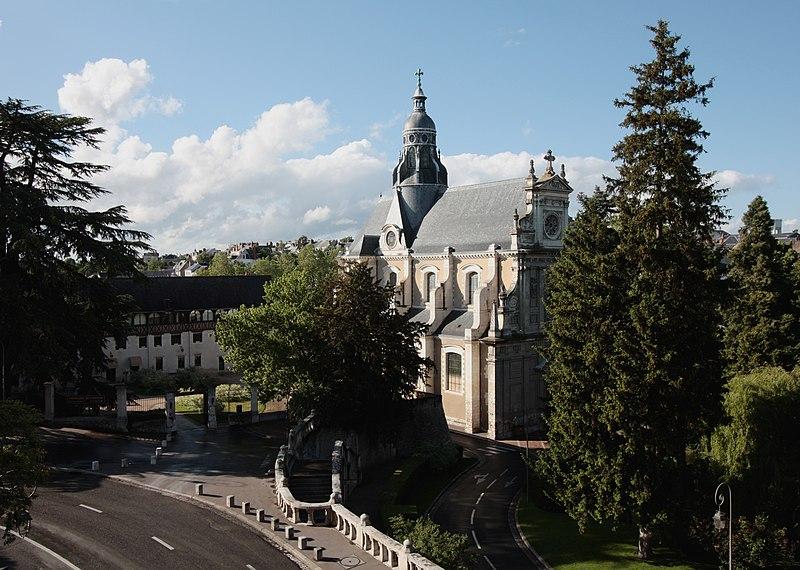 Photo du Monument Historique Eglise Saint-Vincent situé à Blois