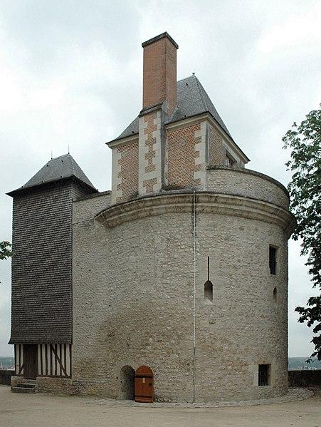 Photo du Monument Historique Ensemble des fortifications de la ville situé à Blois