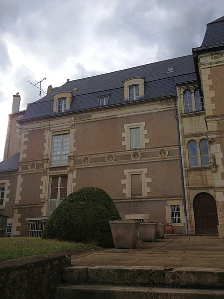 Photo du Monument Historique Maison dite Hôtel de Guise situé à Blois