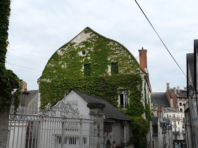 Photo du Monument Historique Maison de la Chancellerie situé à Blois