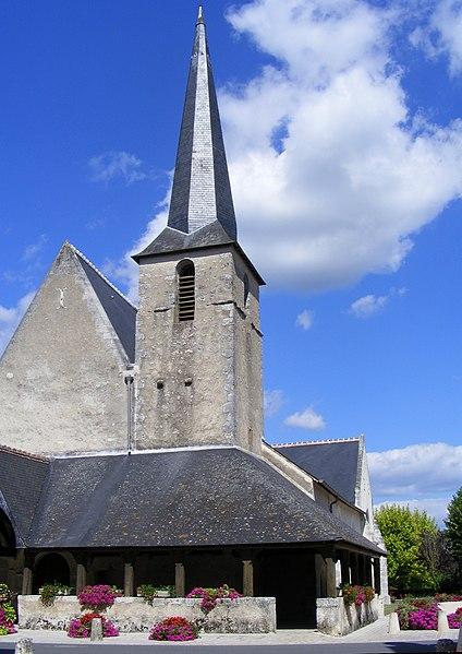 Photo du Monument Historique Eglise Saint-Etienne situé à Cheverny