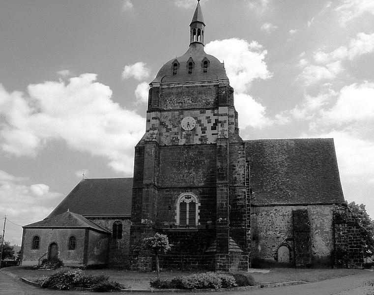 Photo du Monument Historique Eglise Saint-Clément situé à Choue