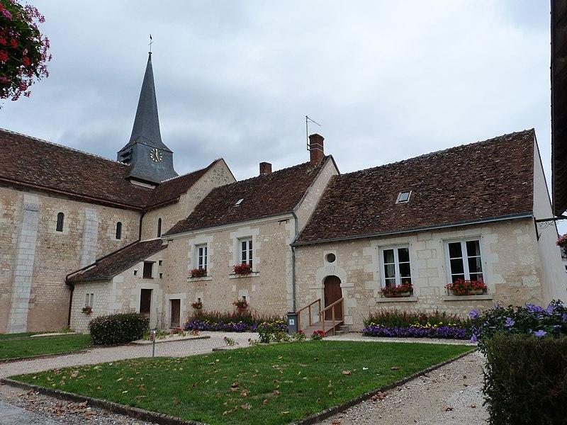 Photo du Monument Historique Eglise Saint-Pierre situé à Meusnes