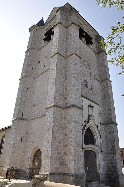 Photo du Monument Historique Eglise Saint-Pierre situé à Montlivault