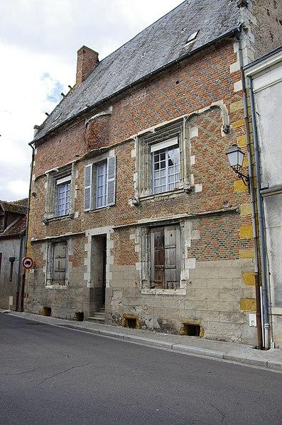 Photo du Monument Historique Ancien hôtel Saint-Pol ou maison dite de François Ier situé à Romorantin-Lanthenay
