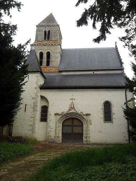 Photo du Monument Historique Eglise Saint-Lubin situé à Suèvres