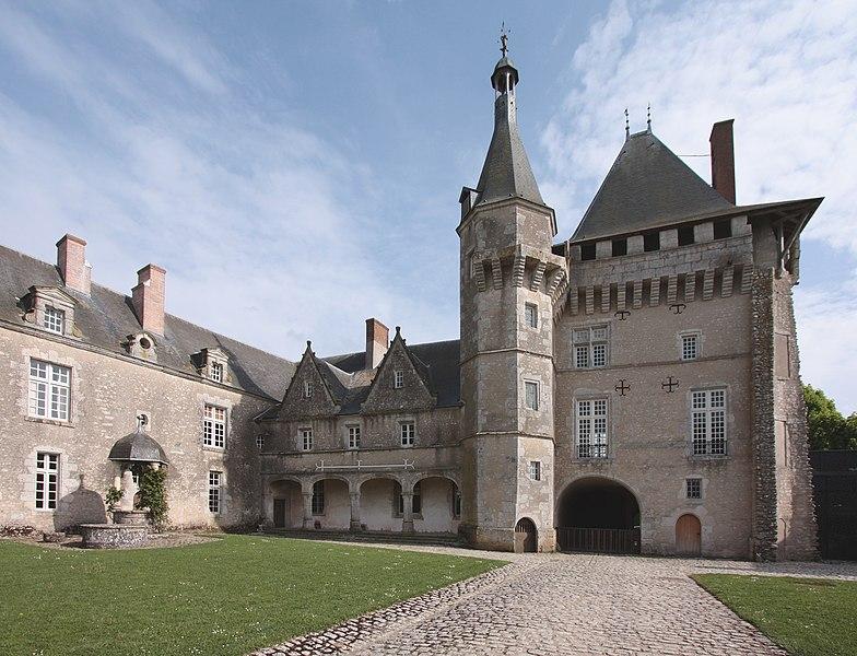 Photo du Monument Historique Domaine du château de Talcy situé à Talcy