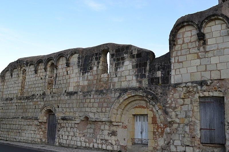 Photo du Monument Historique Ruines de l'ancienne maladrerie Sainte-Catherine situé à Troo