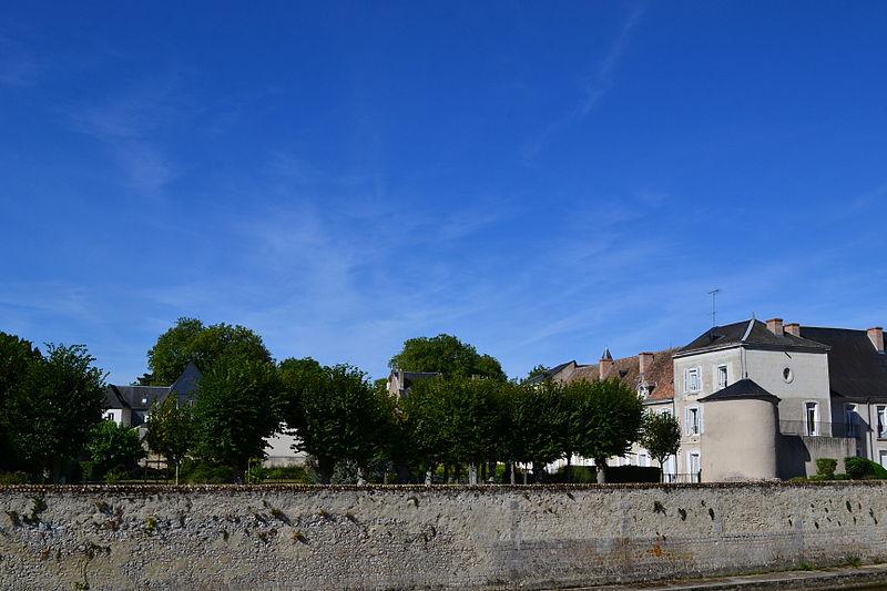 Photo du Monument Historique Monastère des Bénédictines du Calvaire situé à Vendôme