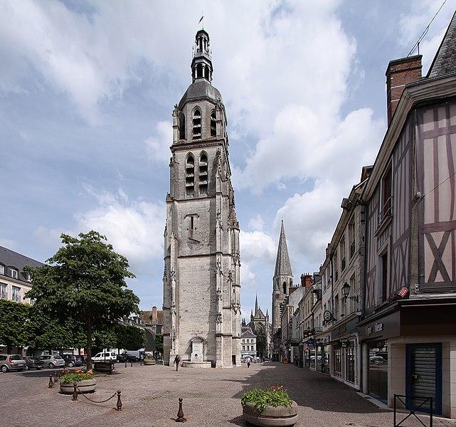 Photo du Monument Historique Tour Saint-Martin situé à Vendôme