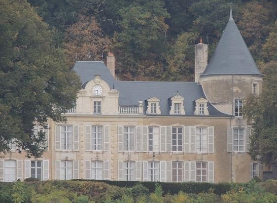 Photo du Monument Historique Château de Challay ou Chalay, à Saint-Quentin-lès-Troo situé à Montoire-sur-le-Loir