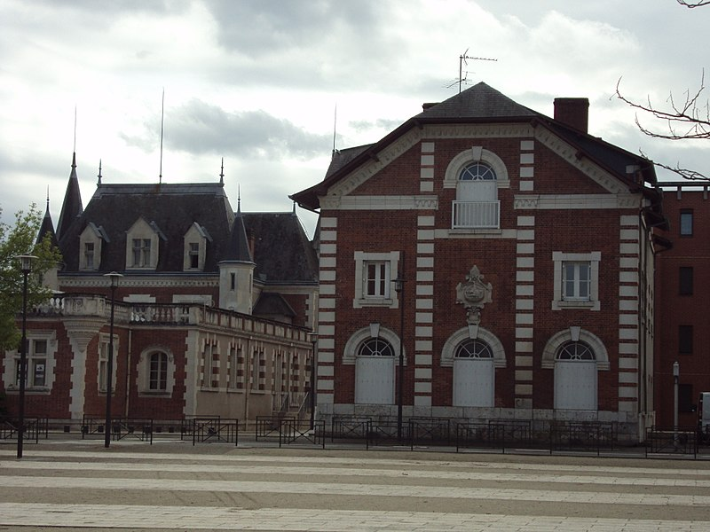 Photo du Monument Historique Chocolaterie Poulain situé à Blois