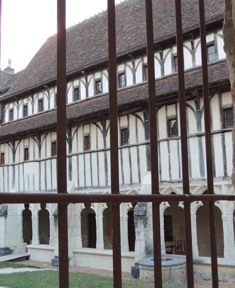 Photo du Monument Historique Ancien couvent des Augustins situé à Montoire-sur-le-Loir