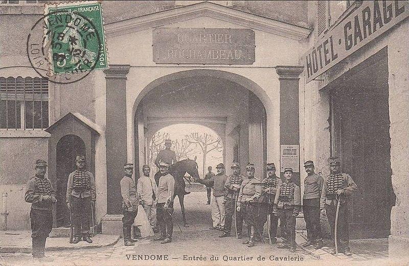 Photo du Monument Historique Quartier Rochambeau situé à Vendôme