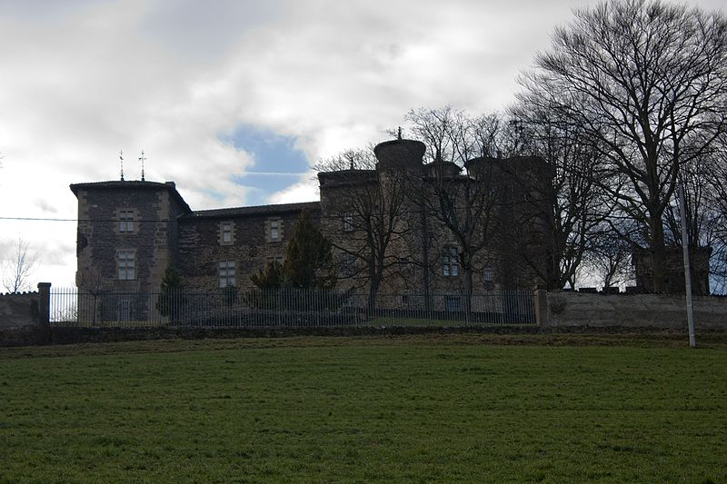 Photo du Monument Historique Château de Feugerolles situé à Chambon-Feugerolles (Le)
