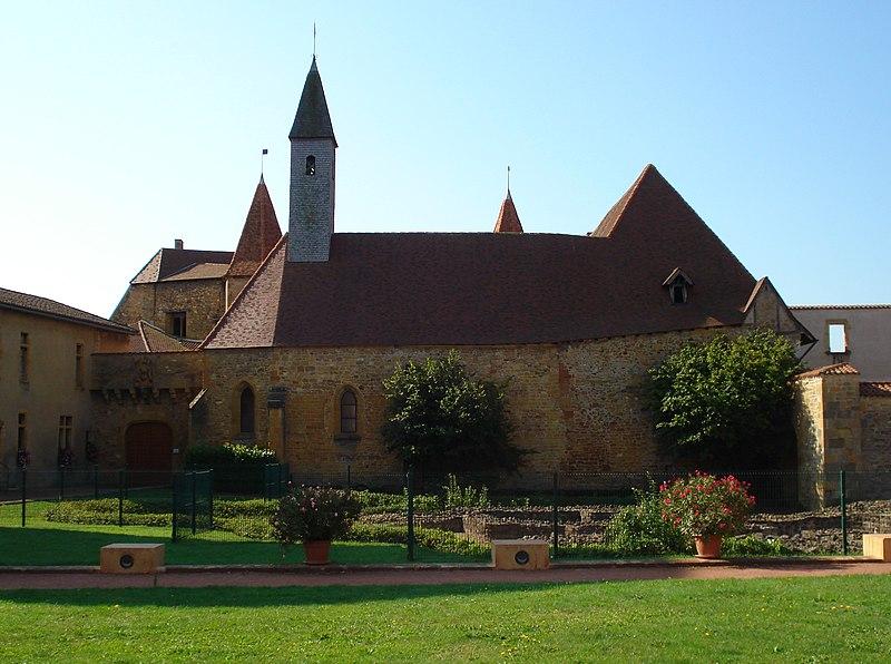 Photo du Monument Historique Abbaye de Charlieu situé à Charlieu