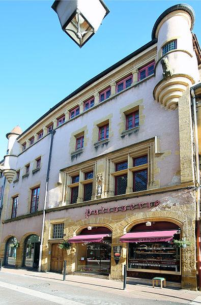 Photo du Monument Historique Maison dite des Anglais situé à Charlieu