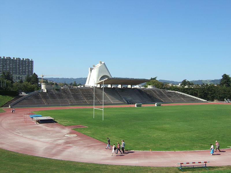 Photo du Monument Historique Stade Le Corbusier situé à Firminy