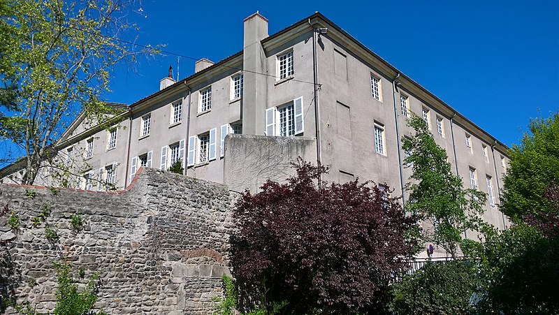 Photo du Monument Historique Couvent des Oratoriens situé à Montbrison