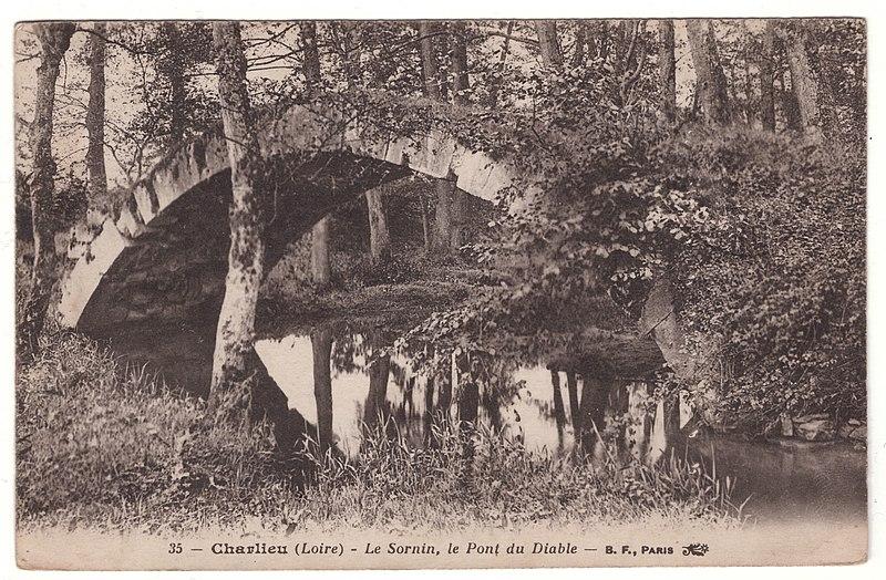 Photo du Monument Historique Pont au Diable situé à Pouilly-sous-Charlieu
