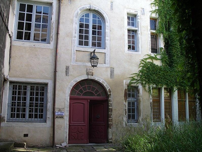 Photo du Monument Historique Hôtel de Villeneuve situé à Saint-Etienne