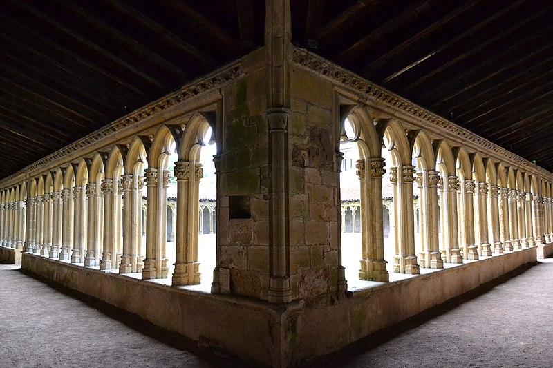 Photo du Monument Historique Couvent des Cordeliers  (également sur commune de Charlieu) situé à Saint-Nizier-sous-Charlieu