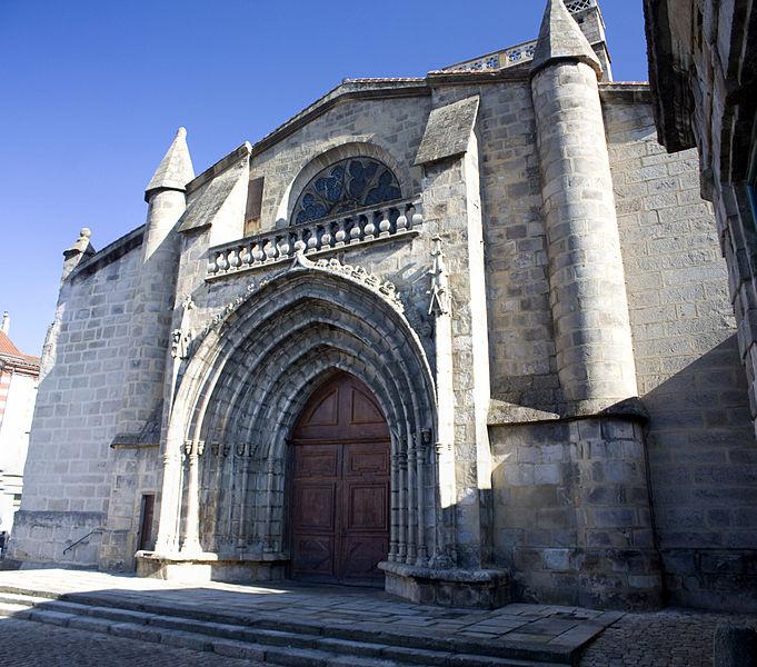 Photo du Monument Historique Eglise situé à Sury-le-Comtal