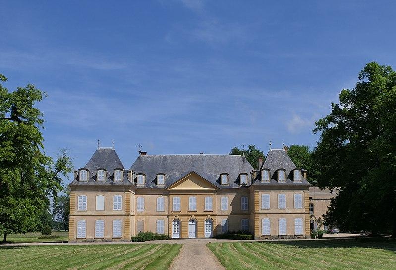 Photo du Monument Historique Château de Vougy (également sur commune de Pouilly-sous-Charlieu) situé à Vougy