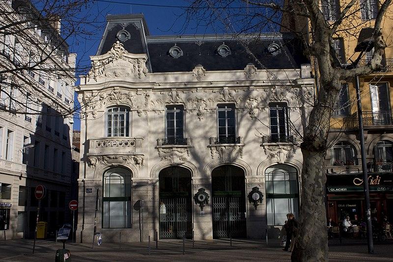 Photo du Monument Historique Immeuble La Loire Républicaine, actuellement siège du journal La Tribune-Le Progrès situé à Saint-Etienne