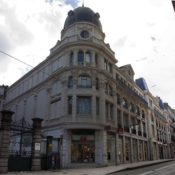 """Photo du Monument Historique Immeuble dénommé """" Les Nouvelles Galeries """" situé à Saint-Etienne"""