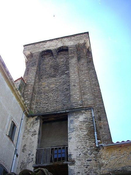 Photo du Monument Historique Ancien château de Mercoeur situé à Blesle