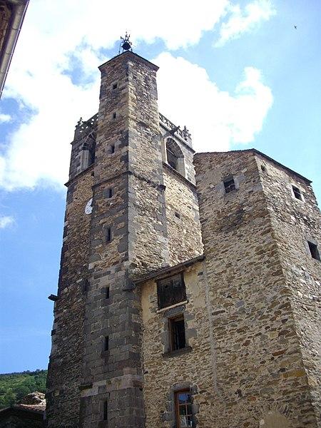Photo du Monument Historique Ancienne église Saint-Martin situé à Blesle