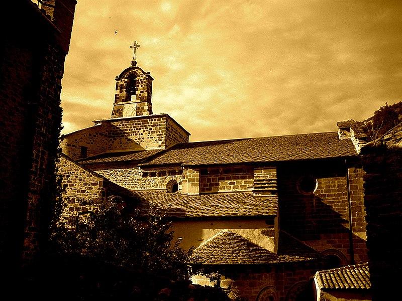 Photo du Monument Historique Eglise Saint-Pierre situé à Blesle
