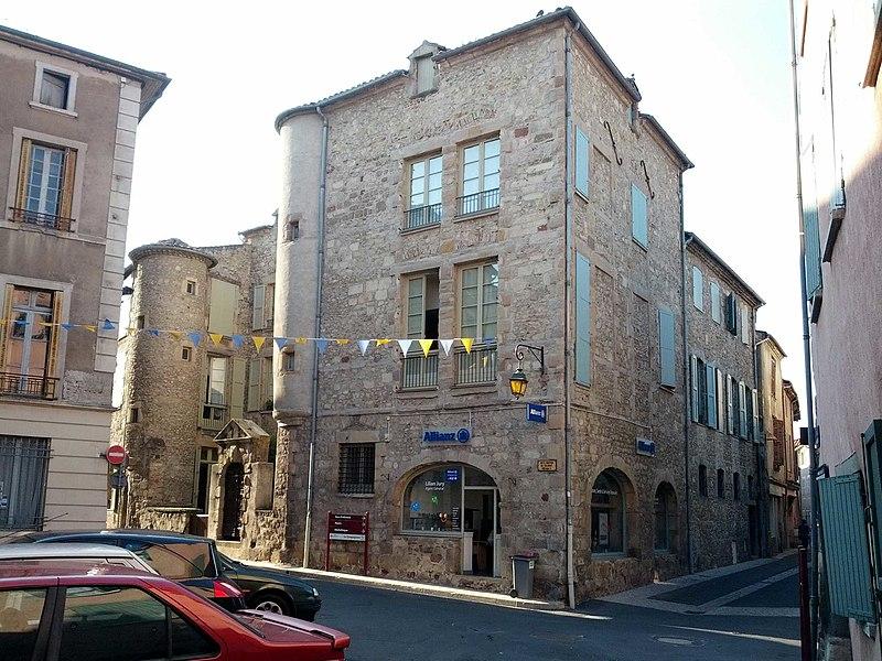 Photo du Monument Historique Ancien hôtel Talayrat situé à Brioude