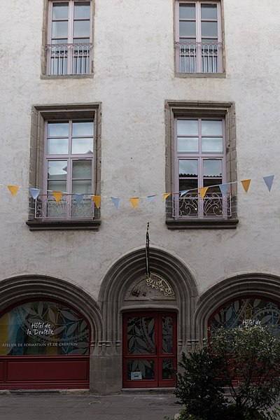 Photo du Monument Historique Maison du 15e siècle situé à Brioude