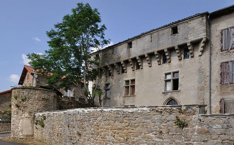 Photo du Monument Historique Maison forte situé à La Chaise-Dieu