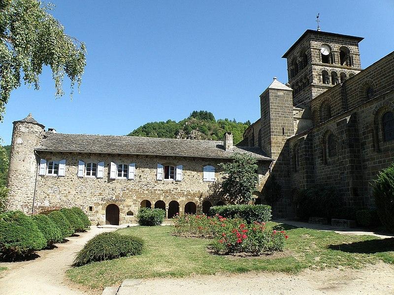 Photo du Monument Historique Ancien prieuré situé à Chamalières-sur-Loire
