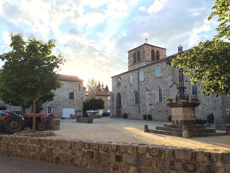Photo du Monument Historique Eglise Saint-Pierre situé à Chomelix