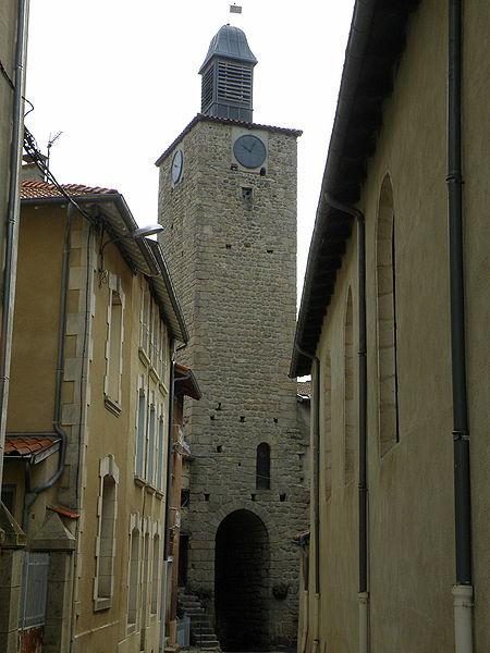 Photo du Monument Historique Donjon situé à Craponne-sur-Arzon