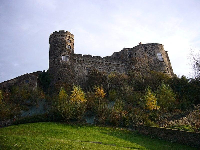 Photo du Monument Historique Château fort de Lamothe situé à Lamothe