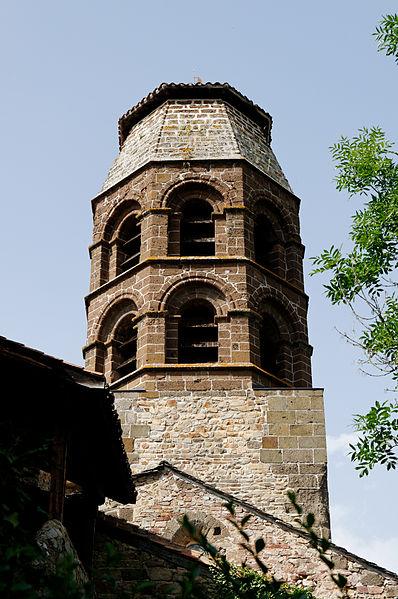 Photo du Monument Historique Eglise abbatiale situé à Lavaudieu