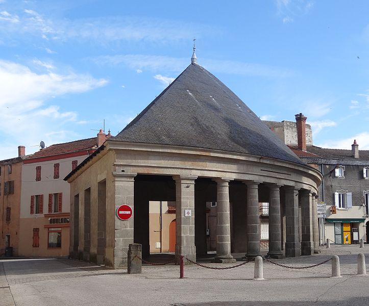 Photo du Monument Historique Halle situé à Lempdes-sur-Allagnon